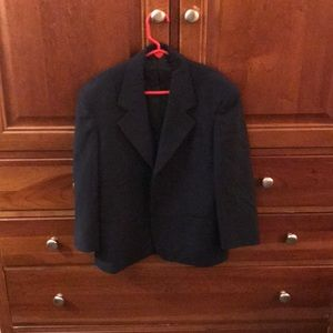 Like new worn once 2-piece size 10 boys suit